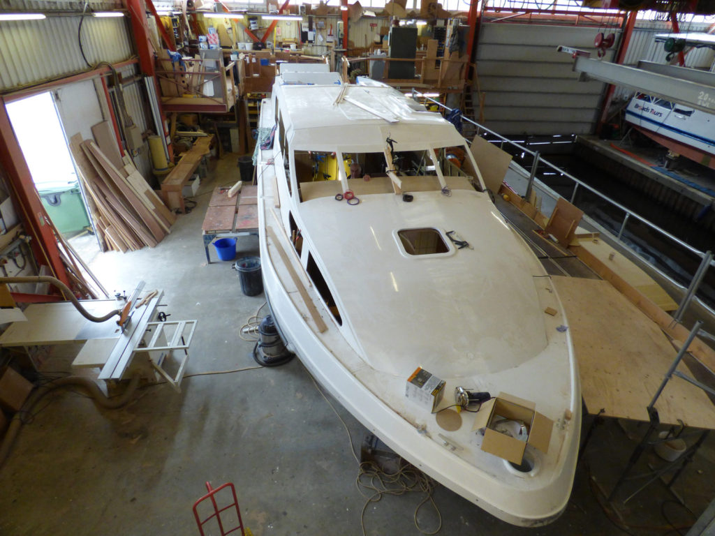 How to Find Reliable Boats Manufacturers